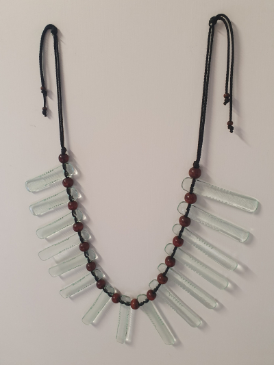 Notched Edge Wall Necklace
