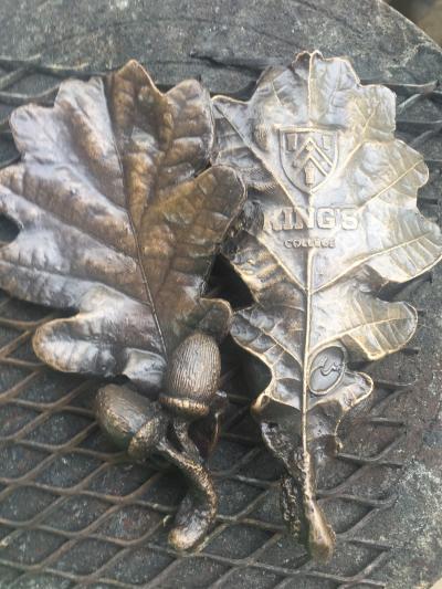 King's Oak Leaves